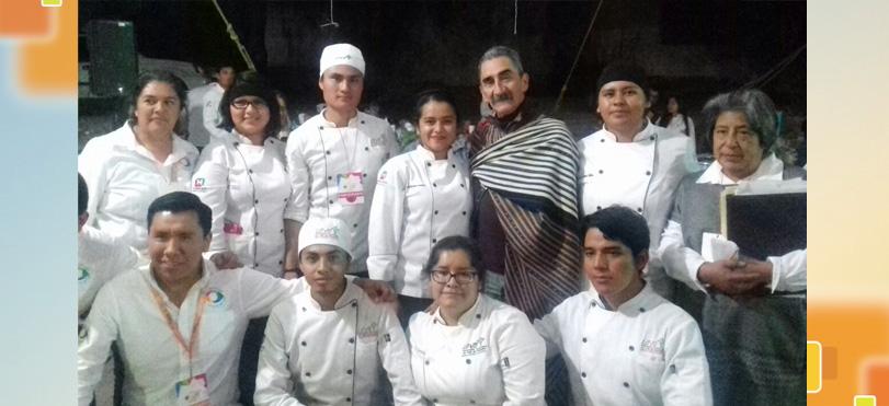 ESTUDIANTES DE UTVM-UAT PARTICIPAN EN LA XXI FERIA DEL ATOLE Y EL TAMAL